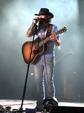 Cody Jinks Brings Old School Country Music to Little Rock